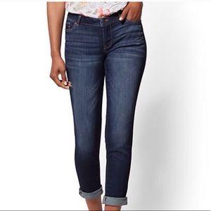 New York & Co Soho Curvy Boyfriend Jeans SZ 12